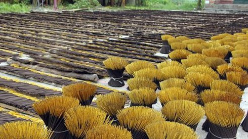 Cả trăm DN Việt đối mặt phá sản nếu Ấn Độ đột ngột dừng nhập khẩu hương nhang - Ảnh 1.