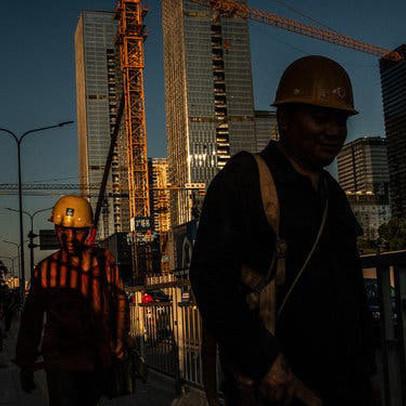 Các doanh nghiệp Trung Quốc than phiền không đủ tiền trả lương cho nhân viên