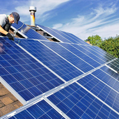 """EVN """"lúng túng"""" với điện mặt trời mái nhà, xin chỉ ký hợp đồng mua bán điện với các hệ thống không gây quá tải"""