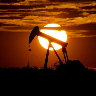 Giá dầu lại lao dốc xuống gần 10 USD/thùng