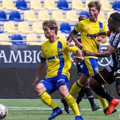Giá trị chuyển nhượng Công Phượng tăng vọt sau khi gia nhập Sint-Truidense dù không có nhiều cơ hội ra sân