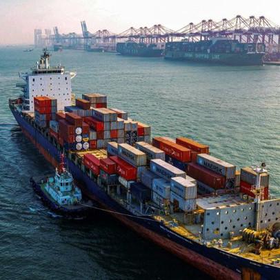 Giữa tâm bão virus corona, Trung Quốc giảm một nửa thuế suất đối với 75 tỷ USD hàng hóa Mỹ