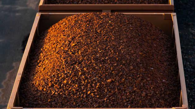 """Goldman Sachs: """"Đừng kỳ vọng cơn sốt quặng sắt hạ nhiệt trước năm 2023"""""""