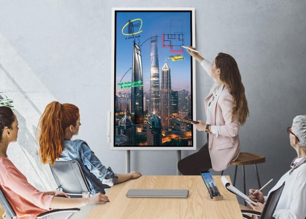 Hết thời bảng đen phấn trắng, Samsung cho ra sản phẩm bảng tương tác game hoá các bài giảng, phân phối độc quyền qua công ty con của CMC - Ảnh 1.