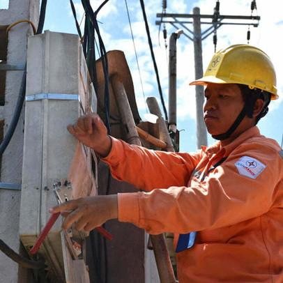 IEEFA: Tăng giá điện khó khăn, EVN có khả năng lỗ, dòng tiền sụt giảm trong năm 2020