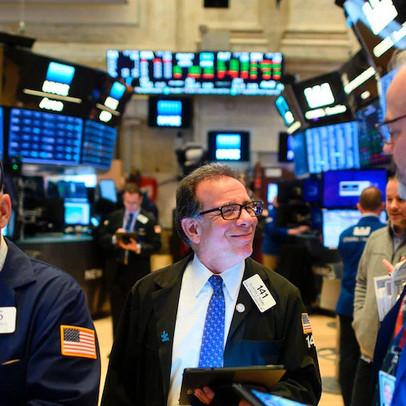 Kì vọng về gói kích thích kinh tế mới, Phố Wall thăng hoa 3 phiên liên tiếp, Dow Jones tăng hơn 160 điểm