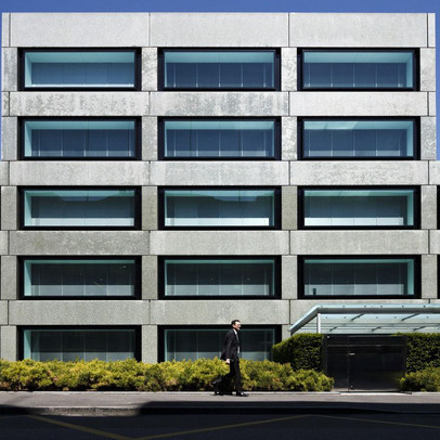 Ngân hàng Thụy Sĩ quản lý tài sản cho những người giàu nhất thế giới đứng trước 'ngã 3 đường'