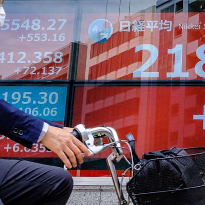 Nhà đầu tư bất ngờ tháo chạy, 34 tỷ USD bị rút khỏi TTCK Nhật Bản chỉ trong 1 tuần