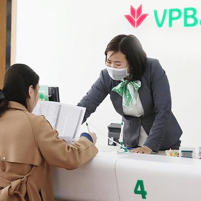 Nhiều ngân hàng thông báo kết thúc sớm thời gian giao dịch các chi nhánh phía Nam