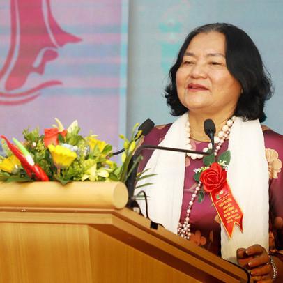 """Nữ đại gia giàu có bậc nhất Nghệ An, mua một lúc 5 căn biệt thự, vừa bị phạt vì """"chiếm đất"""""""