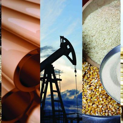 Thị trường ngày 14/8: Giá vàng tăng, dầu giảm, đường cao nhất 4,5 năm, lúa mì cao nhất 8,5 năm