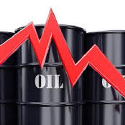 Thị trường ngày 22/4: Giá dầu lao dốc 43%, đường thấp nhất 12 năm