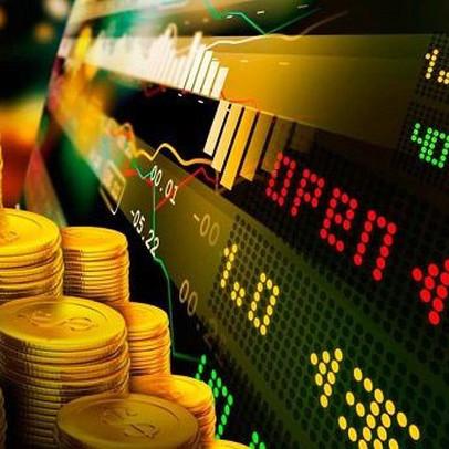 Thị trường ngày 8/7: Giá vàng vượt 1.800 USD/ounce, sắt thép tăng vọt, dầu giảm