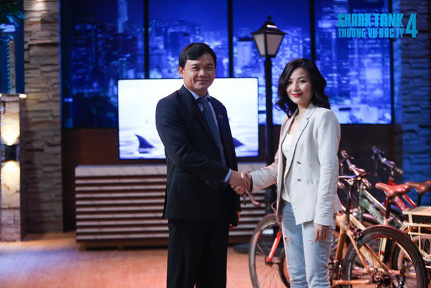 Trước tranh cãi rót vốn cho nữ CEO xinh đẹp, phía Shark Phú lên tiếng: Nhân tướng học là 1 trong 3 yếu tố quyết định
