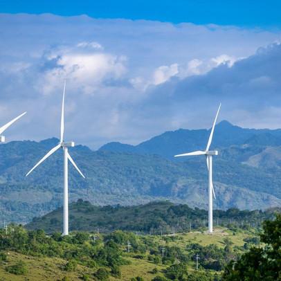 Vì sao chi phí vốn cho các dự án điện ở Việt Nam cao, khiến giá điện khó rẻ?
