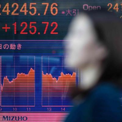 Bloomberg: Chứng khoán Việt Nam thuộc nhóm hút mạnh vốn ngoại ở châu Á
