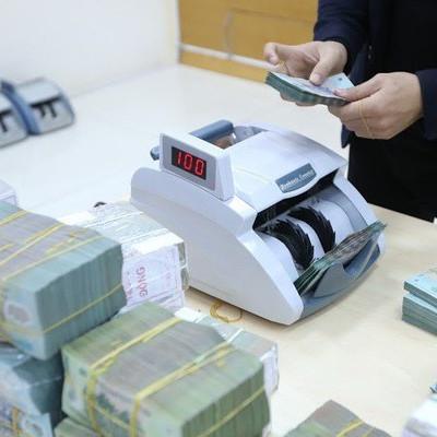 Lãi suất qua đêm VND liên ngân hàng được neo ở mức 4%