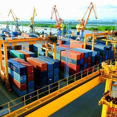 """Nhiều """"ẩn số"""" cho cuộc đua xuất nhập khẩu nước rút cuối năm 2019"""