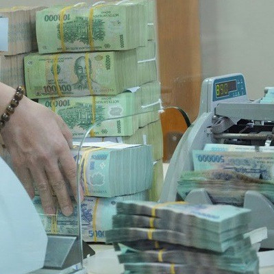 Tăng room tín dụng, dấu hiệu của nới lỏng chính sách tiền tệ?