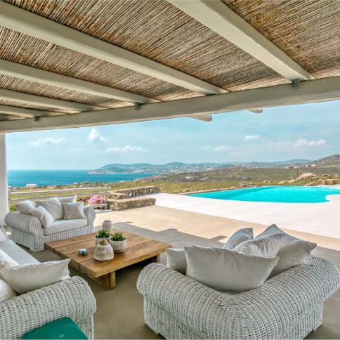 Denzell giới thiệu cơ hội đầu tư nhà đất Mykonos đổi thẻ thường trú Hy Lạp