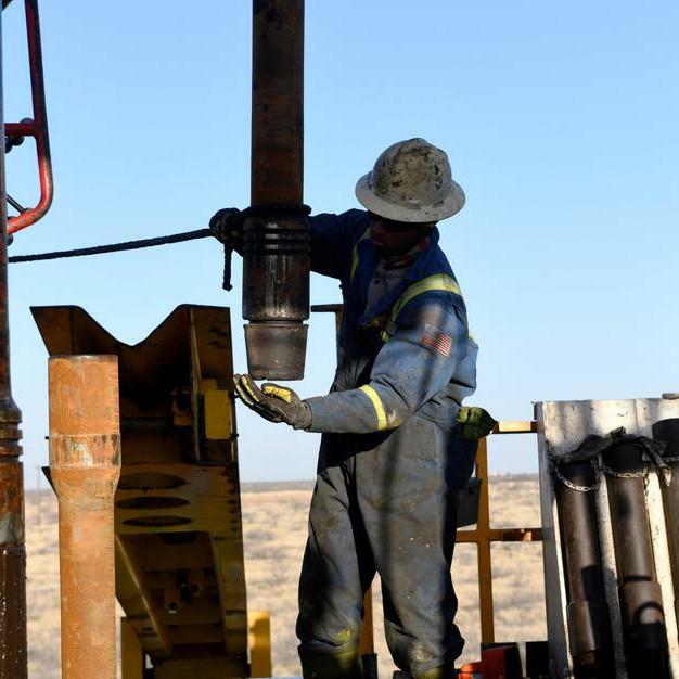 Mỹ có thể can thiệp cuộc chiến giá dầu Nga – Saudi Arabia