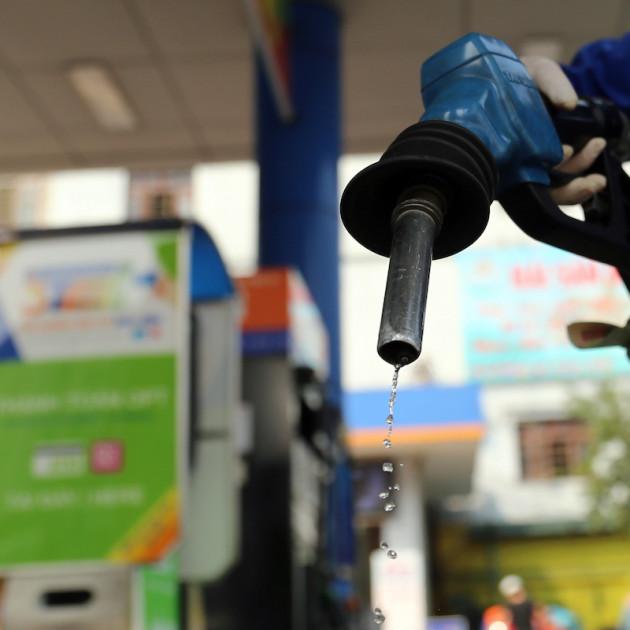 'Ông lớn' xăng dầu mất hàng chục nghìn tỷ vì giá dầu lao dốc