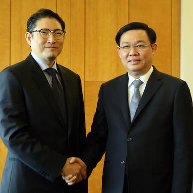 Phó thủ tướng muốn các tập đoàn Hàn Quốc coi Việt Nam là 'cứ điểm chính' về đầu tư