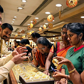 Tại sao người Ấn Độ bớt mê vàng?